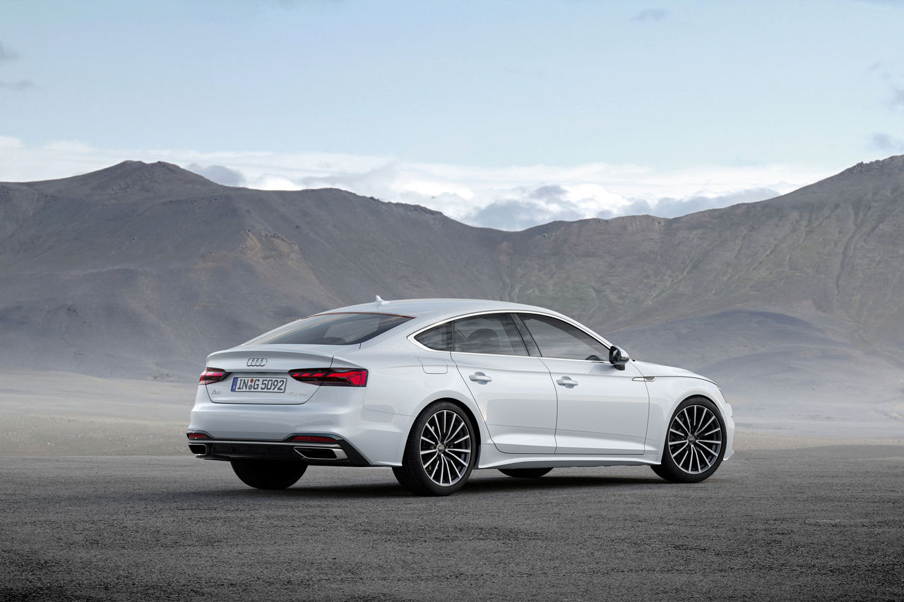 Orders for Audi A4 Avant g-tron and A5 Sportback g-tron with new design can be placed as of November