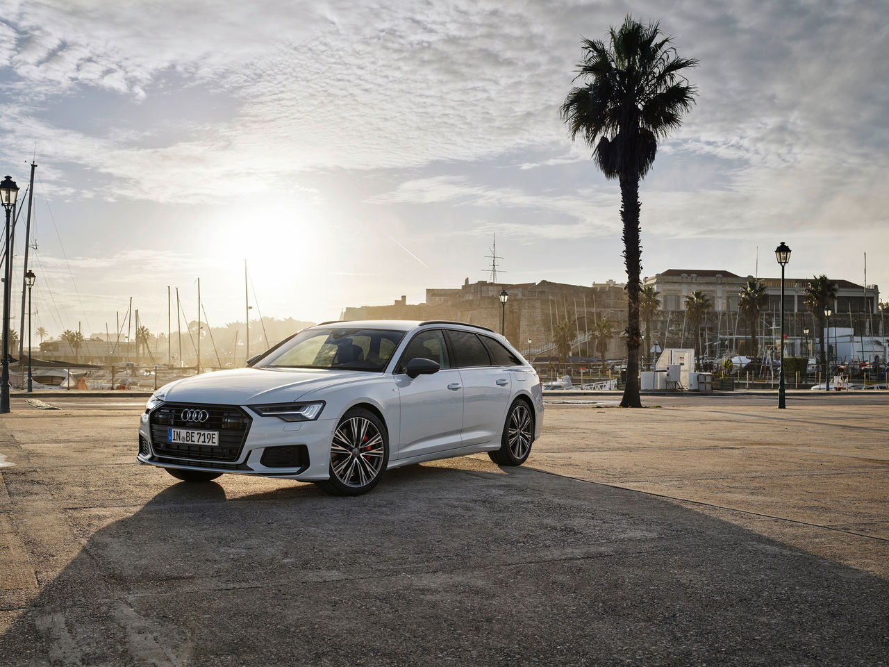 Audi full-size station wagon now as a plug-in hybrid: ||the new A6 Avant TFSI e quattro