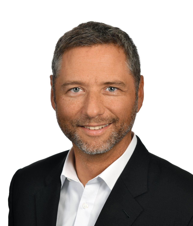 Dr. Gabriel Weber - Biography