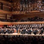 Audi Jugendchorakademie und Kent Nagano...