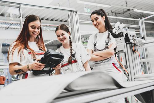 Digitaler Girls' Day bei Audi – Mädchen erleben Technik