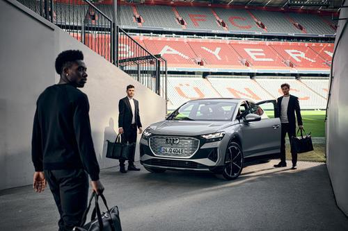 Audi Summer Tour 2021: digitaler Saisonstart mit den Fußballstars des FC Bayern