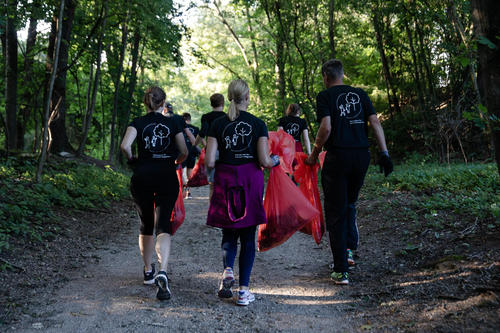 Fitness und Umweltschutz für eine saubere Stadt: Sommer-Plogging in Ingolstadt