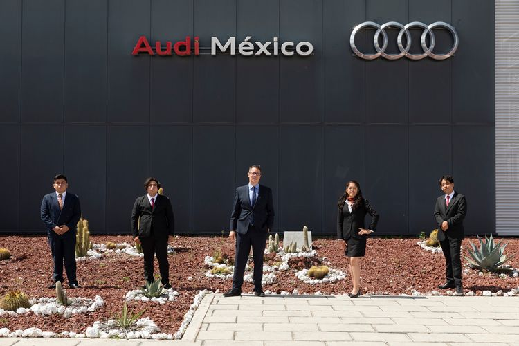 Audi México sees more than 70 students graduate from its Dual Apprenticeship Program