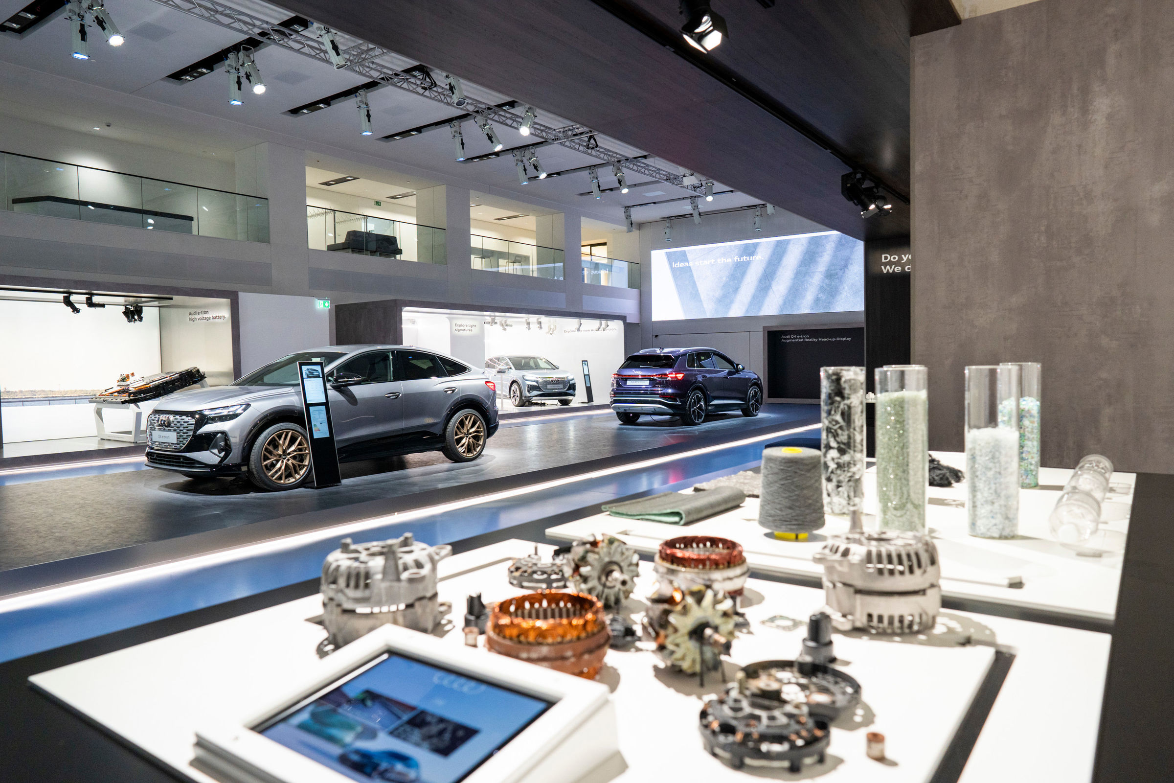 Audi opens a brand exhibition at DRIVE. Volkswagen Group Forum - Image 5