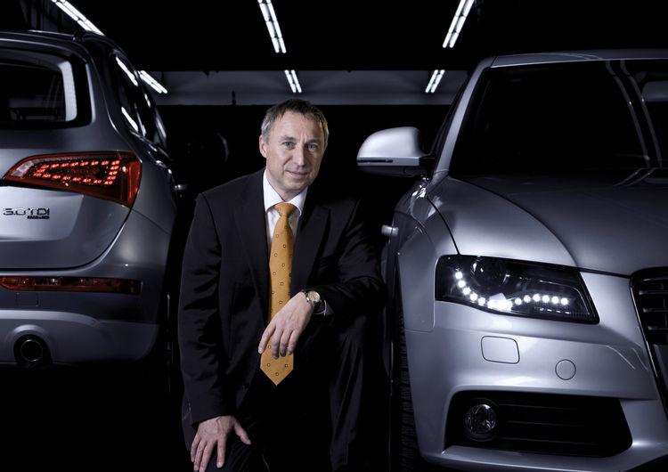 Dr. Wolfgang Huhn erhält Professor Ferdinand Porsche Preis 2011 der TU Wien