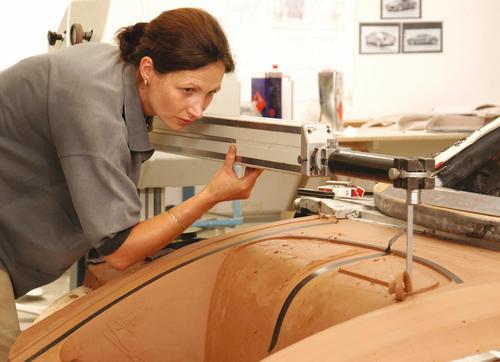 Making of des Audi Le Mans quattro: Handarbeit und High-Tech beim Fräsen des Claymodells