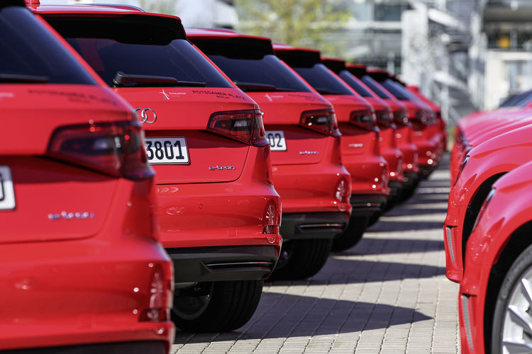 """Mobilität der Zukunft selbst erfahren: Audi mit neuen Projekten beim """"Schaufenster Elektromobilität"""""""
