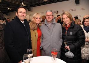 Von links: Erich Rembeck, Ex-Skifahrerin Christa Kinshofer-Rembeck, Rupert Stadler, Vorsitzender des Vorstands der AUDI AG, und Ex-Skifahrerin Hilde Gerg
