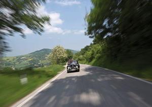 Audi auf der Mille Miglia in 2012: DKW Monza im Doppelpack und der DKW F 91