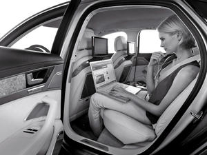 """Audi A8 wird """"Connected Car of the Year 2012"""""""