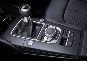 Audi A3 center tunnel console with MMI-terminal