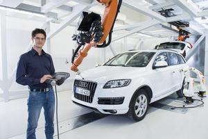 """""""DUALISSIMO"""": Audi-Absolvent unter den fünf besten dual Studierenden Bayerns"""