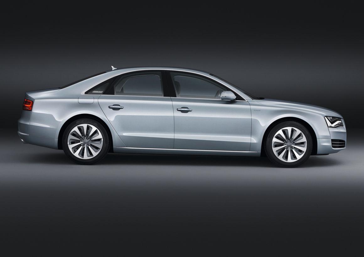 Audi A8 hybrid (2011)