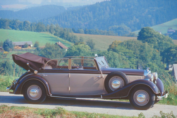 Horch 830 BL Sedan-Cabriolet with V-8-Motor