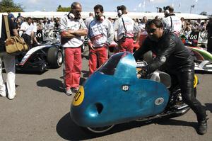 Nach dem Festival of Speed in Goodwood der nächste Auftritt am Schottenring: Die NSU Rennmax Blauwal, Weltmeistermaschine von 1954
