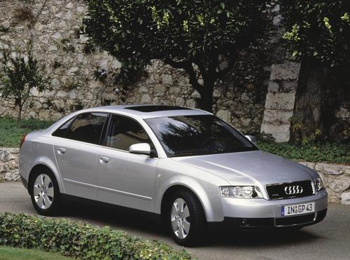 Audi A4 quattro (2005)