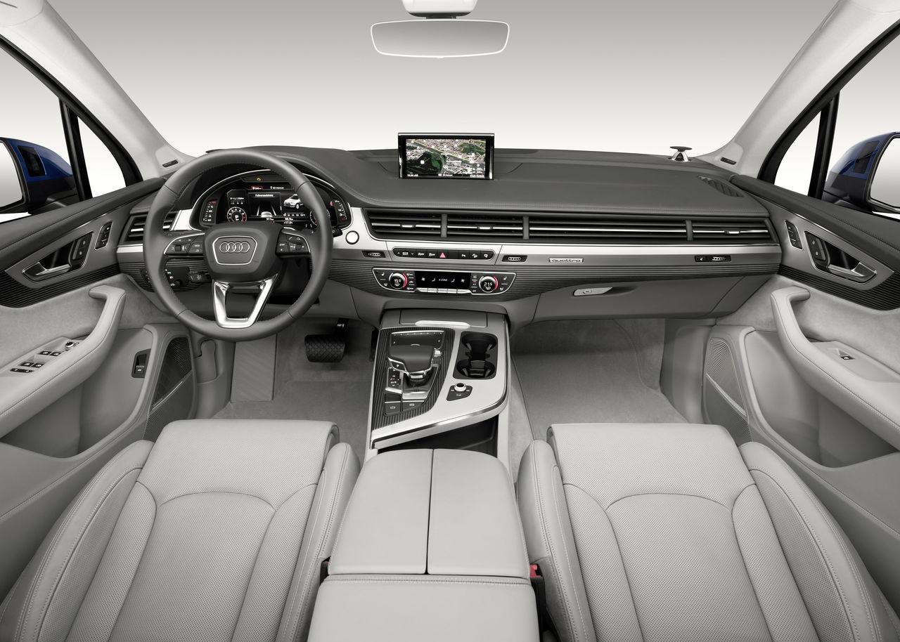 Audi Q7 Wins For Best Premium Interior Design Audi Mediacenter