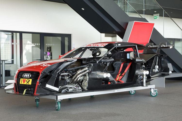 Cutaway model Audi RS 5 DTM