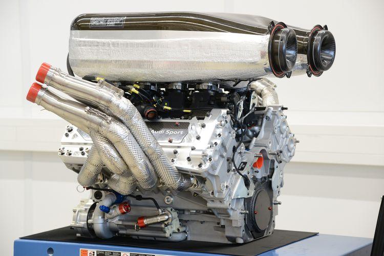 Audi RS 5 DTM engine