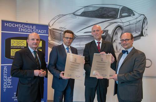 Audi stiftet Professur für Fahrzeugsicherheit und Signalverarbeitung