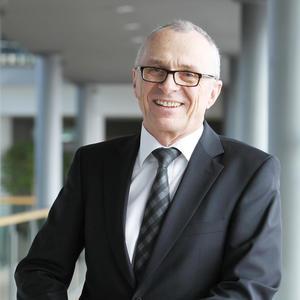 Dr. Michael Hauf