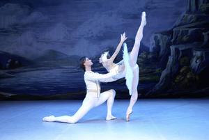 """Ballett mit """"Nussknacker"""" und """"Schwanensee"""" im Audi Forum Neckarsulm"""