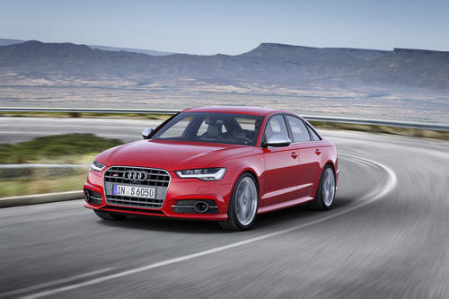 Audi S6, Fahraufnahme
