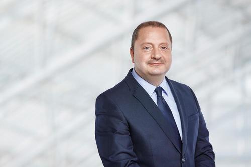 Toni Melfi wechselt als politischer Repräsentant für Audi nach Brüssel