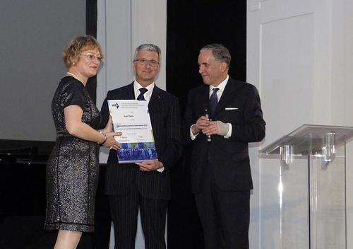 Economists honor Rupert Stadler