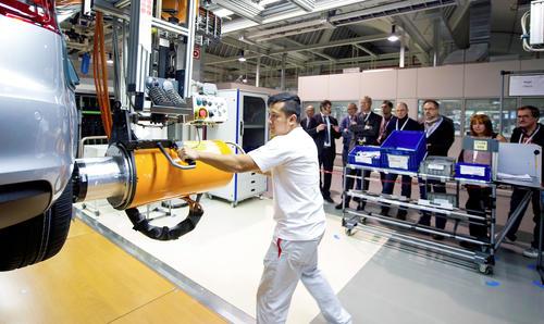Ärzte erhalten Einblick in die Audi Arbeitswelt