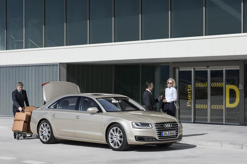 Audi A8 L W12 6.3 FSI quattro