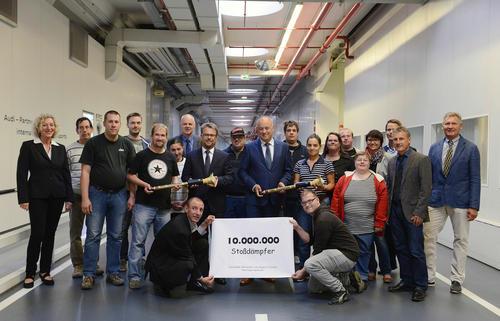 Ein ganz besonderes Jubiläum: Zehn Millionen Stoßdämpfer für Audi von der Lebenshilfe Werkstätte Ingolstadt