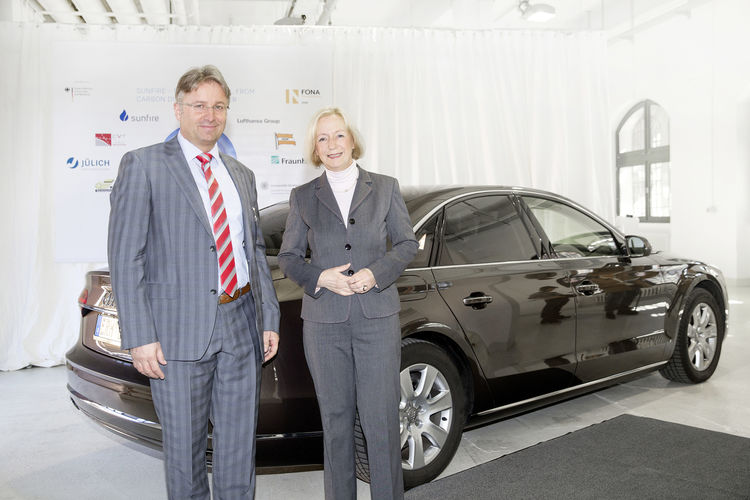 Fuel of the future: Research facility in Dresden produces first batch of Audi e-diesel