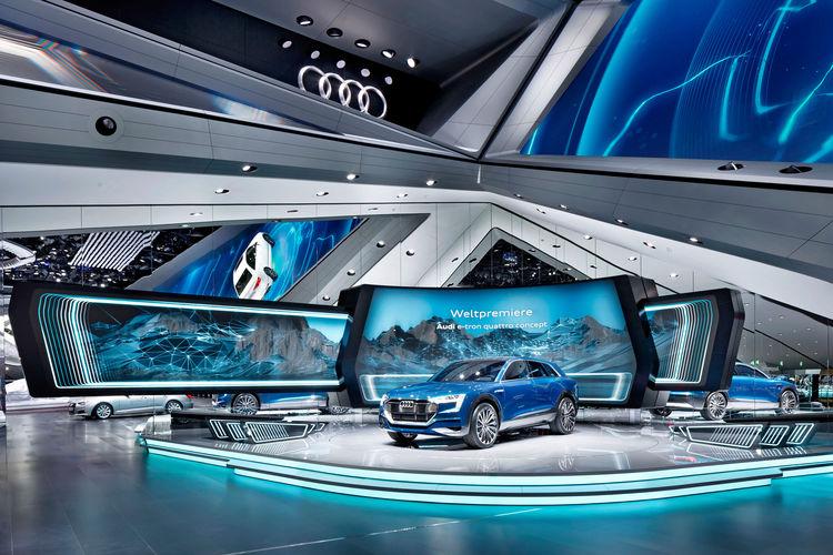 Audi Stand auf der Frankfurter Internationalen Automobil Ausstellung 2015