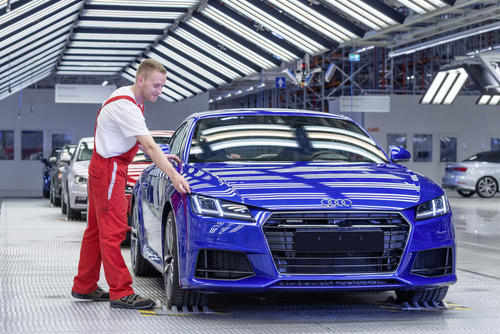 Audi TT Coupé: assembly
