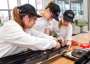 """Ferienaktion bei Audi: """"Mädchen für Technik Camp"""" in Ingolstadt"""
