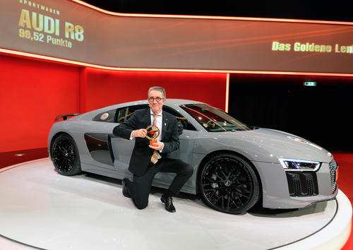 Goldenes Lenkrad für Audi A4 und Audi R8