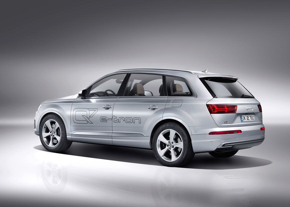 audi q7 e tron 3 0 tdi quattro audi mediacenter. Black Bedroom Furniture Sets. Home Design Ideas