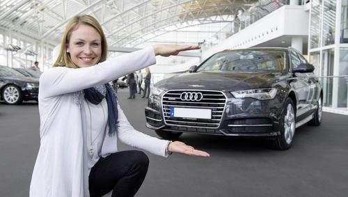 Magdalena Neuner fährt Audi A6 Avant