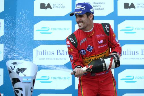 Lucas di Grassi on the podium at Argentina