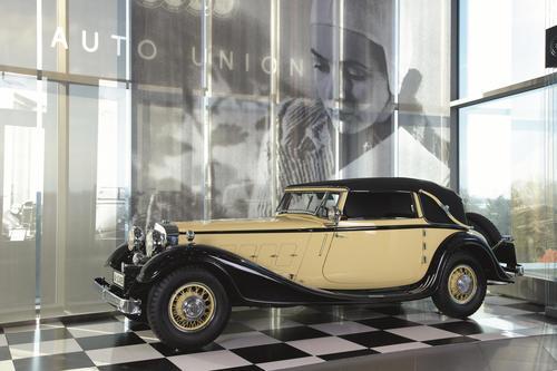 Erlebnisführung des Monats - Die Schönheit der Geschwindigkeit – Automobildesign im 20. Jahrhundert