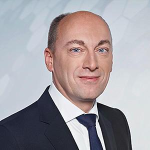 Dr.-Ing. Stefan Knirsch