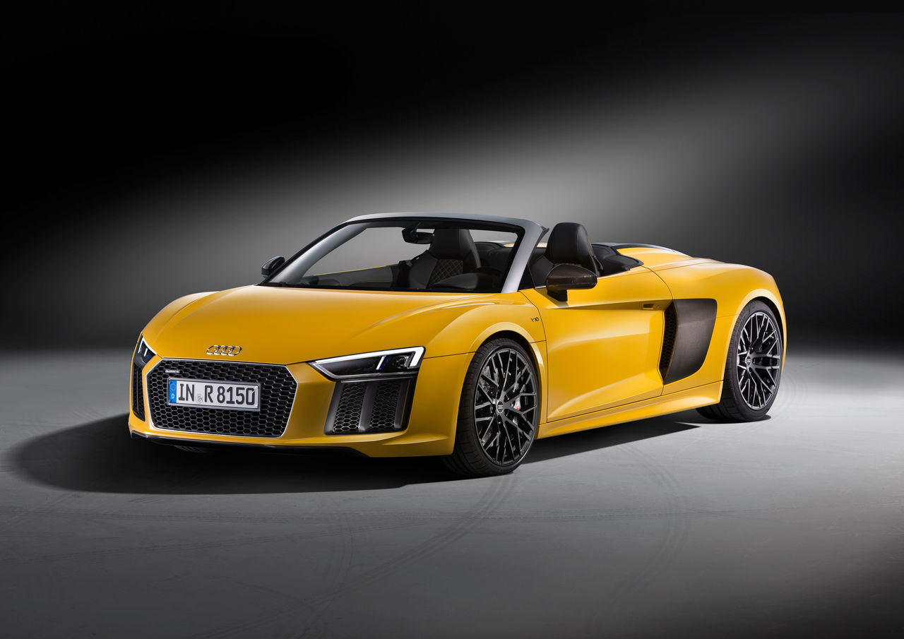 Dynamic driving open to the sky – the new Audi R8 Spyder V10
