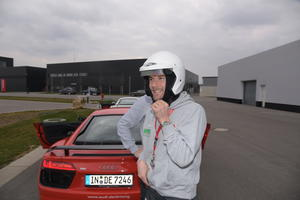 FC Augsburg absolviert Audi driving experience