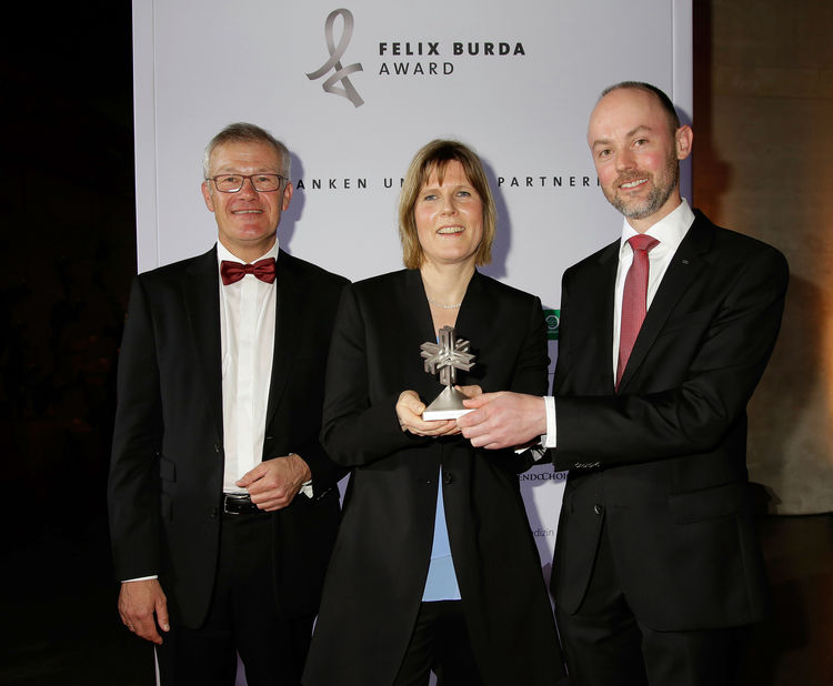 "Felix Burda Award 2016: AUDI AG has won this year's Felix Burda Award with its ""Actively tackling cancer"" screening concept."