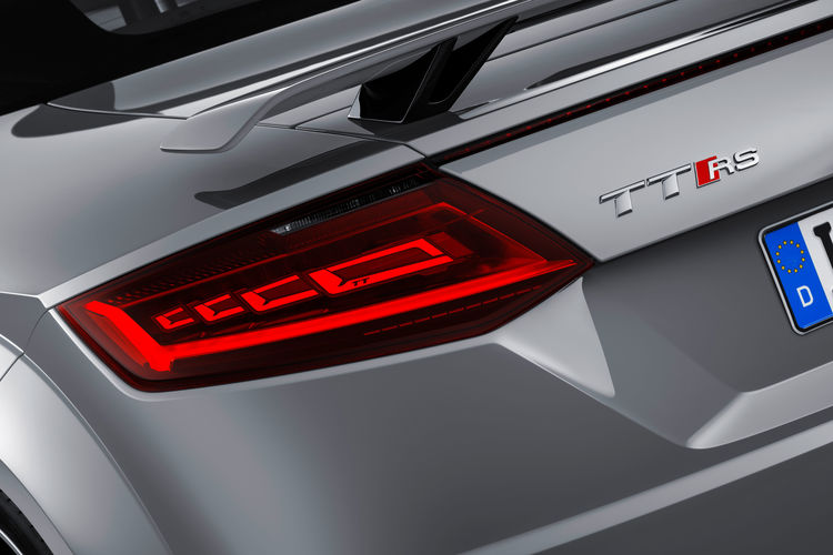 OLED rear lights Audi TT RS (2016)