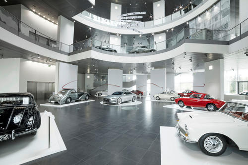 Dynamic Sculptures: The new temporary exhibition at Audi museum mobile shows the history of the Coupé.