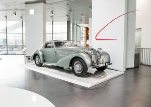 """Dynamic Sculptures"" – Horch 853 Coupé ""Manuela"" (replica)"