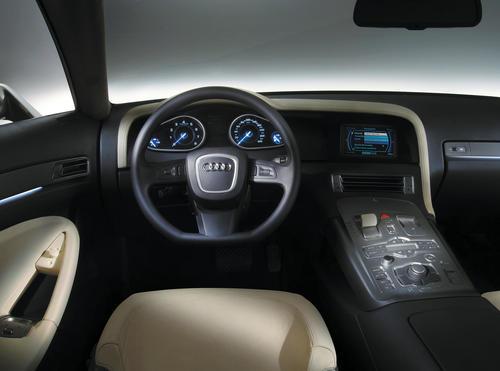 Audi Nuvolari quattro - Cockpit